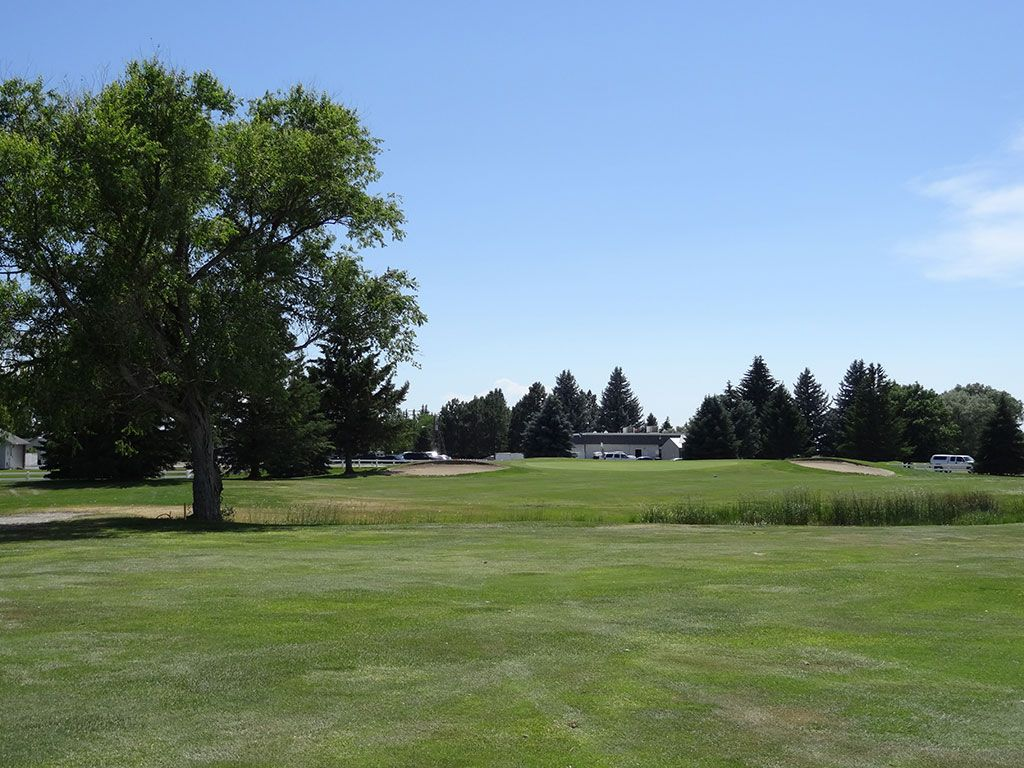 18th Hole at Blackfoot Golf Course (408 Yard Par 4)