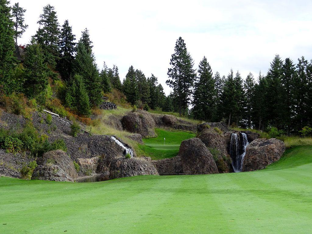 11th Hole at The Club at Black Rock (413 Yard Par 4)