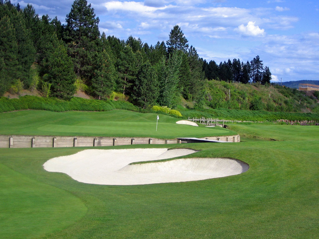11th Hole at Coeur d'Alene Resort (538 Yard Par 5)