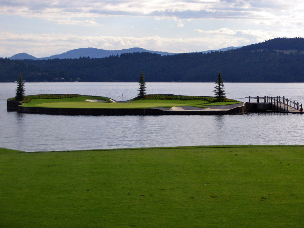 The famous floating green at Coeur d'Alene Resort