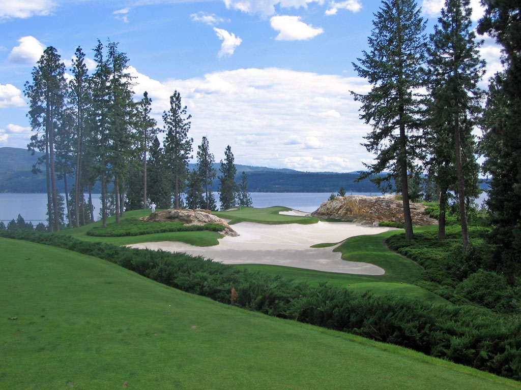 The redesigned 5th hole . . . a beauty