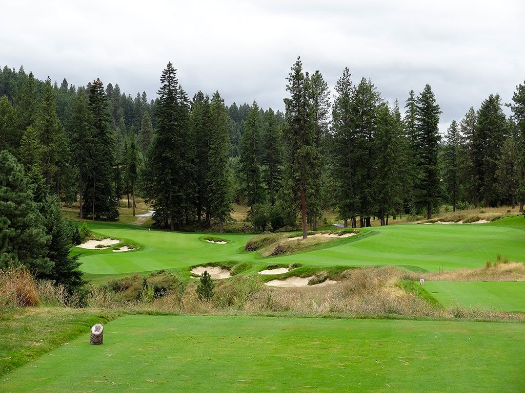 12th Hole at Gozzer Ranch Golf and Lake Club (364 Yard Par 4)