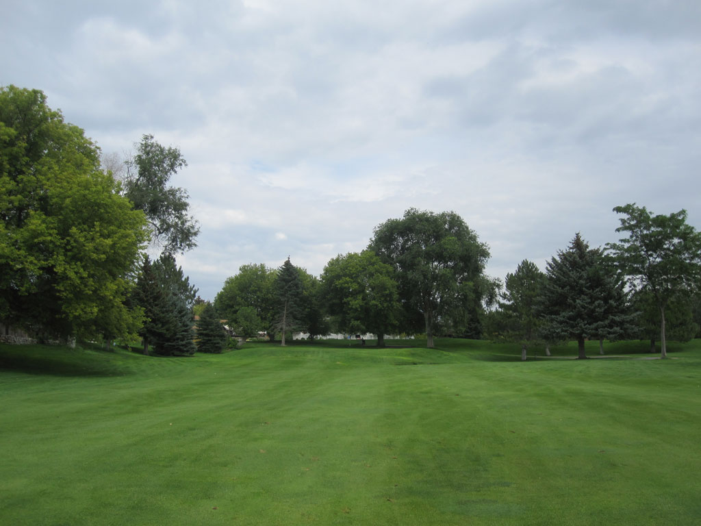 15th Hole at Highland Golf Course (375 Yard Par 4)
