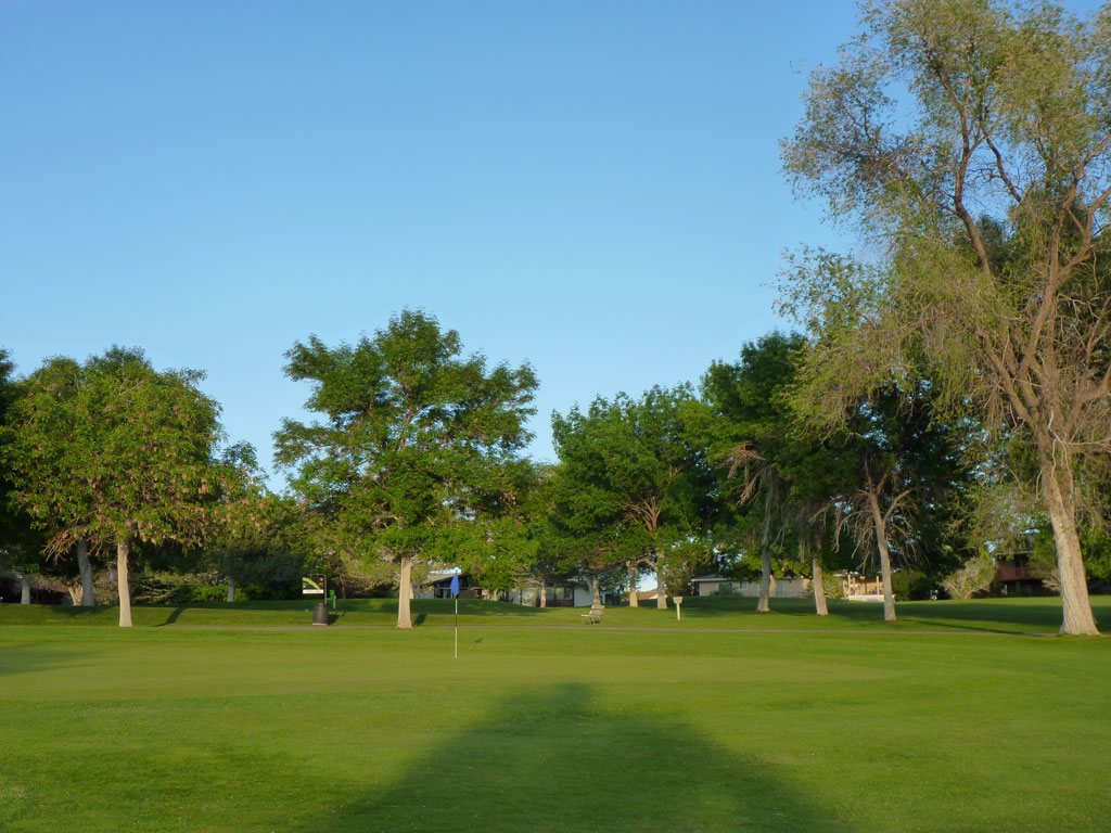 3rd Hole at Highland Golf Course (305 Yard Par 4)