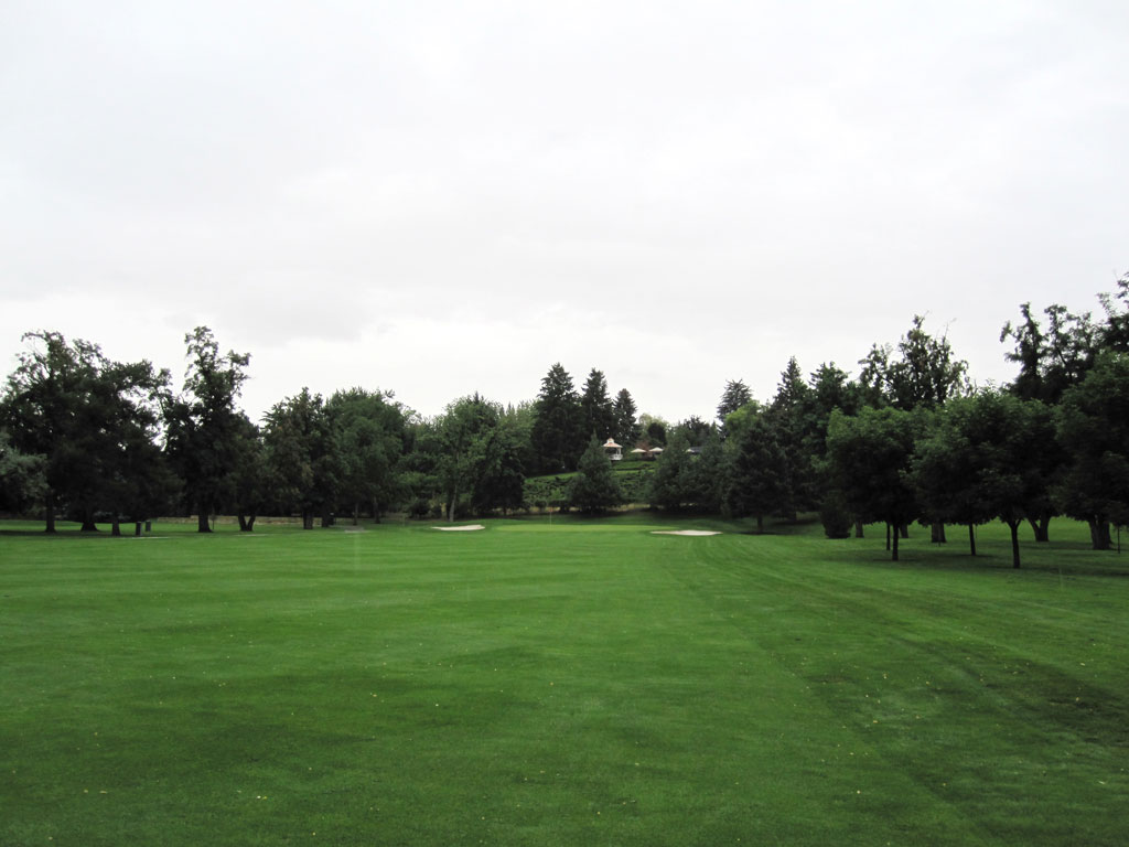2nd Hole at Hillcrest Country Club (462 Yard Par 4)