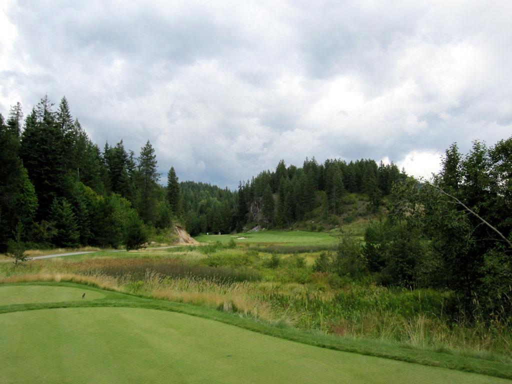 8th Hole at Idaho Club (334 Yard Par 4)