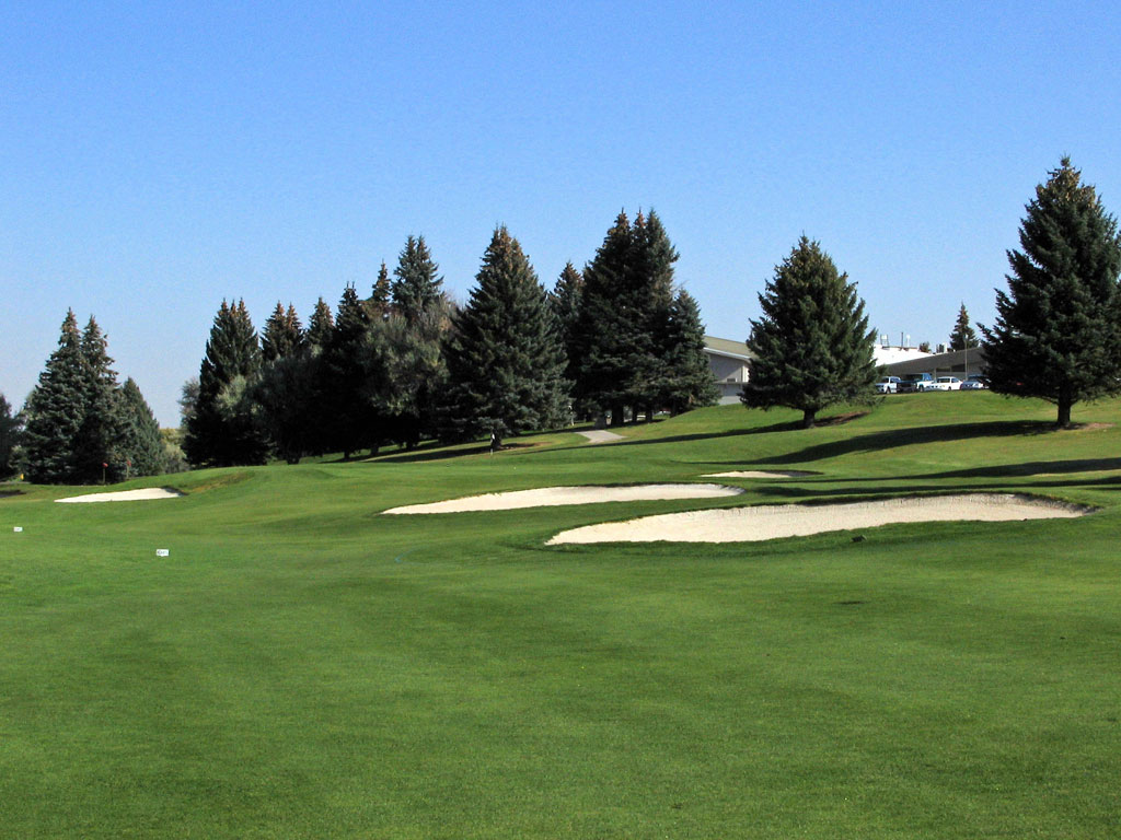 13th Hole at Idaho Falls Country Club (339 Yard Par 4)