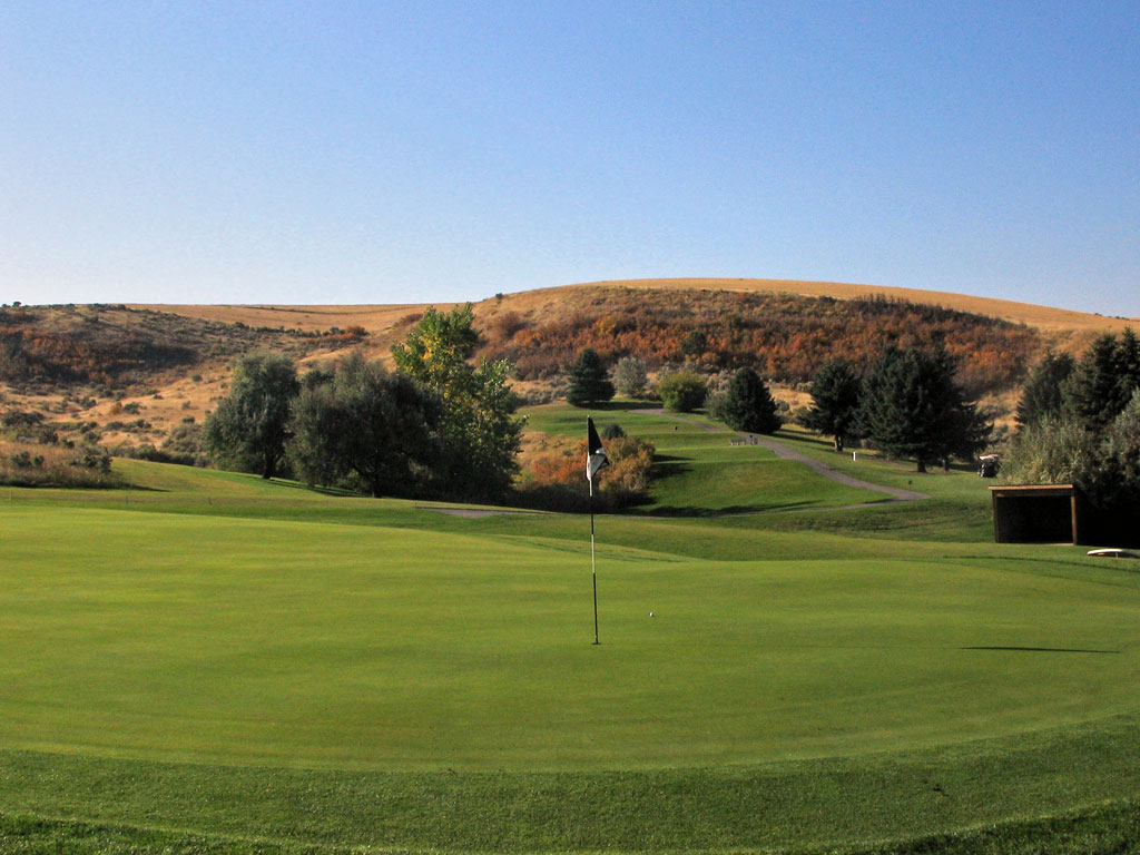 7th Hole at Idaho Falls Country Club (213 Yard Par 3)