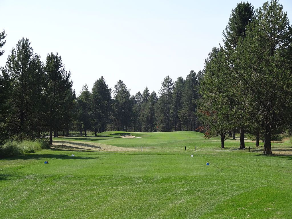 10th Hole at Jug Mountain Ranch (201 Yard Par 3)