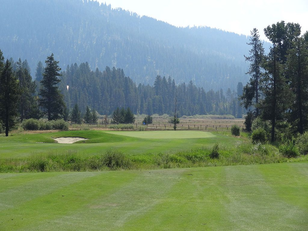 16th Hole at Jug Mountain Ranch (600 Yard Par 5)