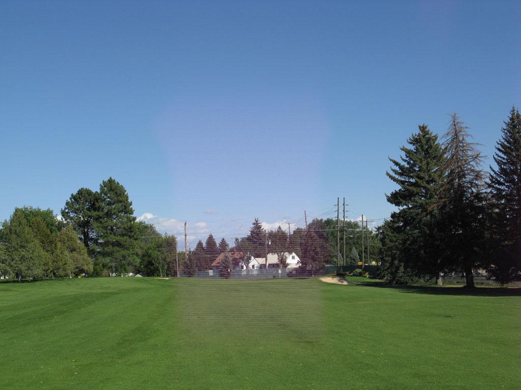 1st Hole at Pinecrest (432 Yard Par 4)
