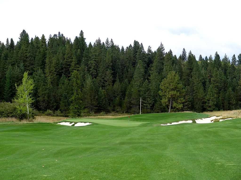 13th Hole at Rock Creek Golf Club Idaho (497 Yard Par 4)