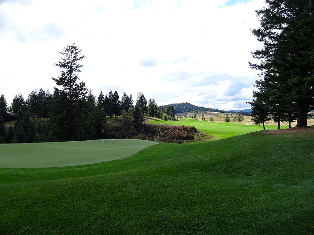 4th Hole at Rock Creek Golf Club Idaho (597 Yard Par 5)