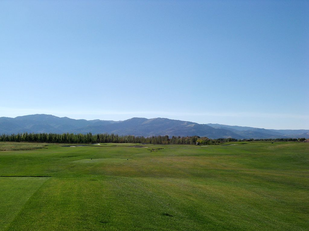 12th Hole at Teton Reserve (361 Yard Par 4)