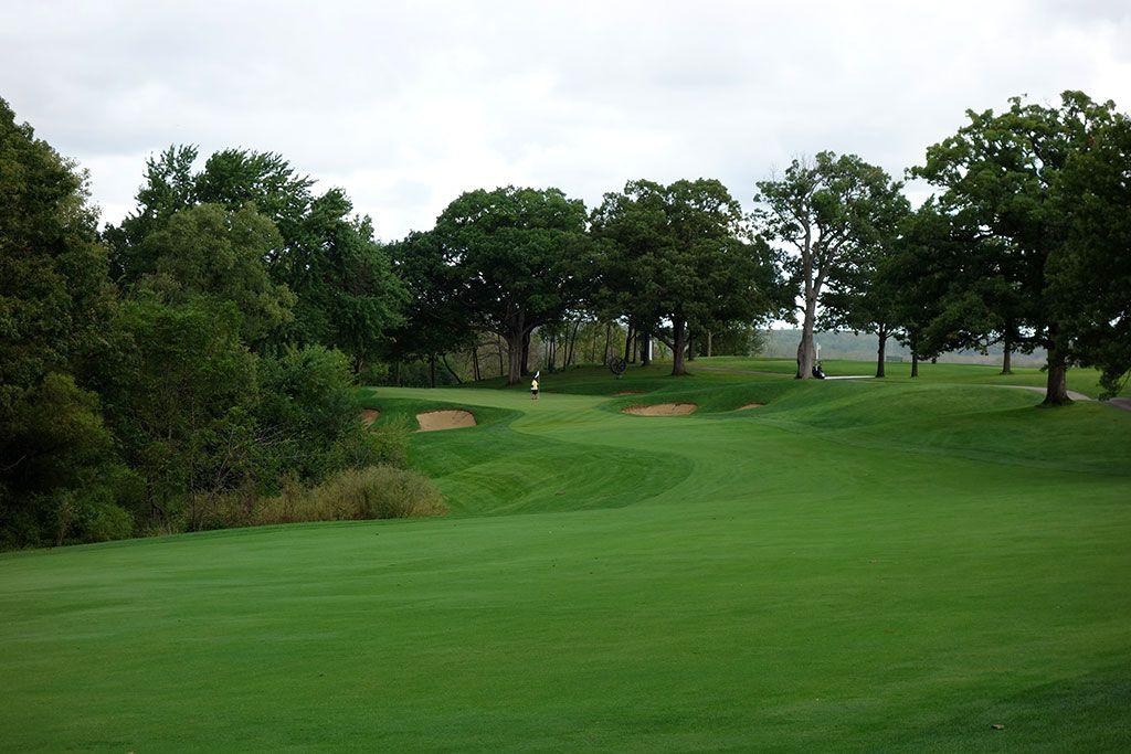 16th Hole at Cog Hill Golf and Country Club (Dubsdread) (456 Yard Par 4)