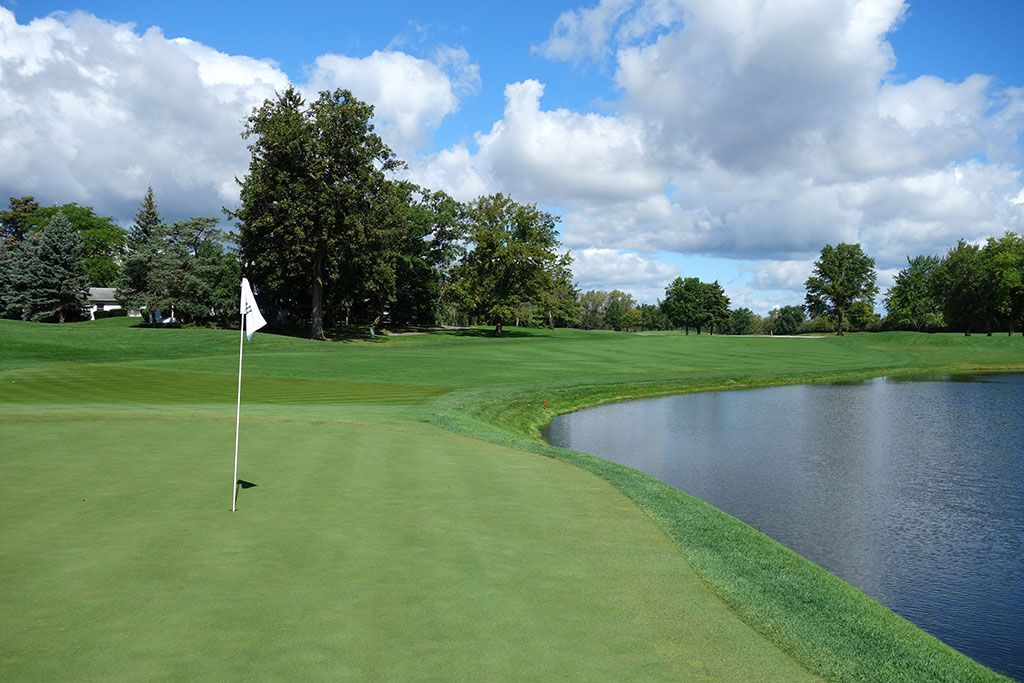 18th Hole at Cog Hill Golf and Country Club (Dubsdread) (494 Yard Par 4)