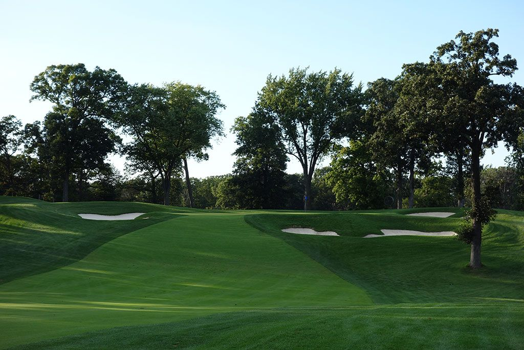 16th Hole at Medinah Country Club (No. 3) (482 Yard Par 4)
