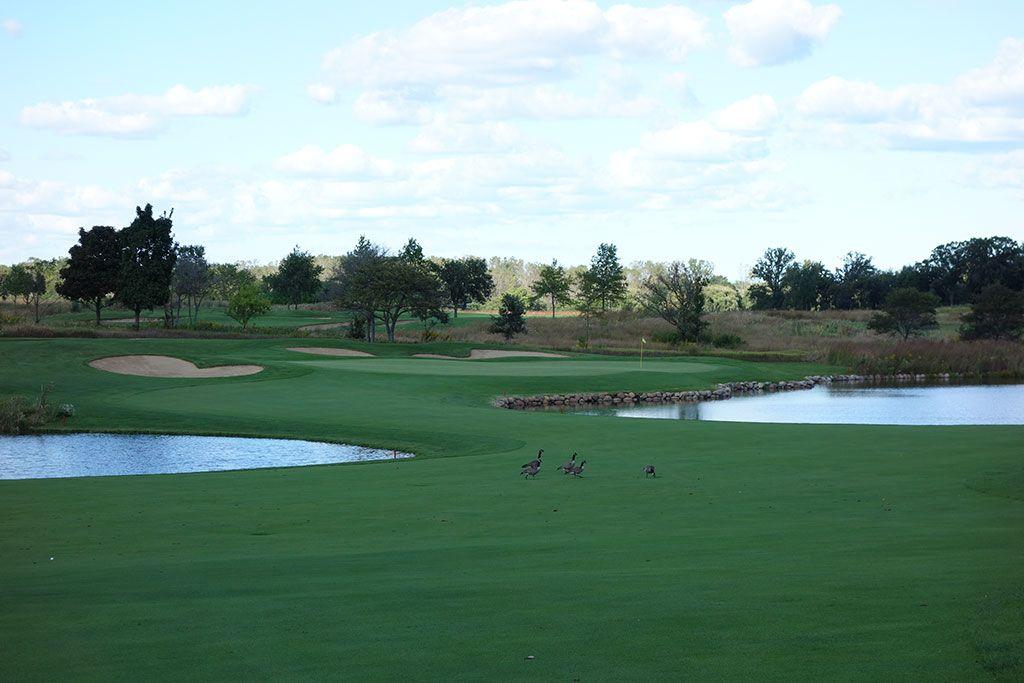 6th Hole at Merit Club (366 Yard Par 4)