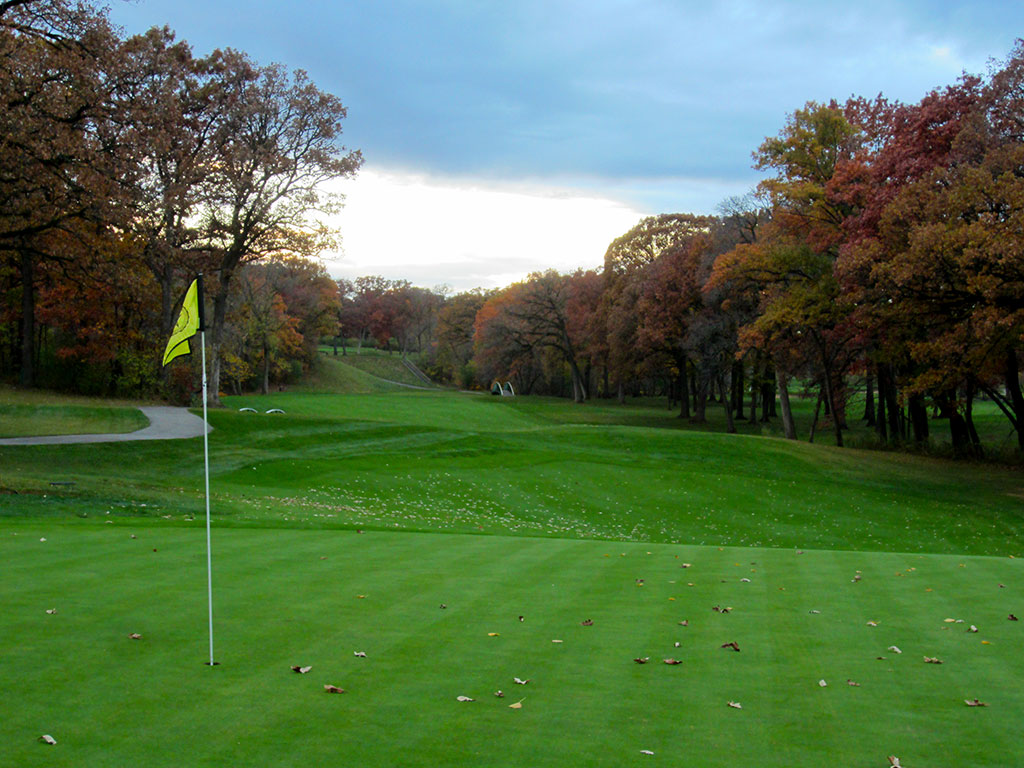 14th Hole at Olympia Fields (North) (444 Yard Par 4)