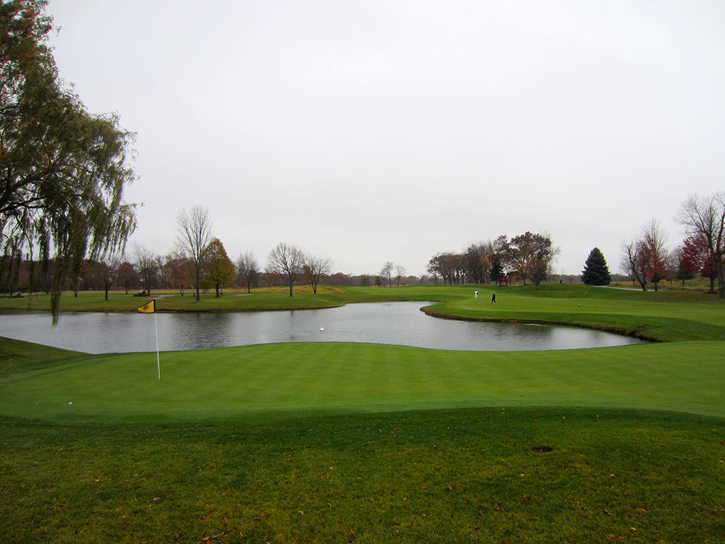 8th (The Cottage) Hole at Rich Harvest Farms (489 Yard Par 4)