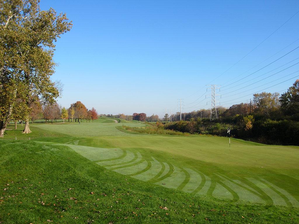 16th Hole at Brickyard Crossing Golf Course (465 Yard Par 4)