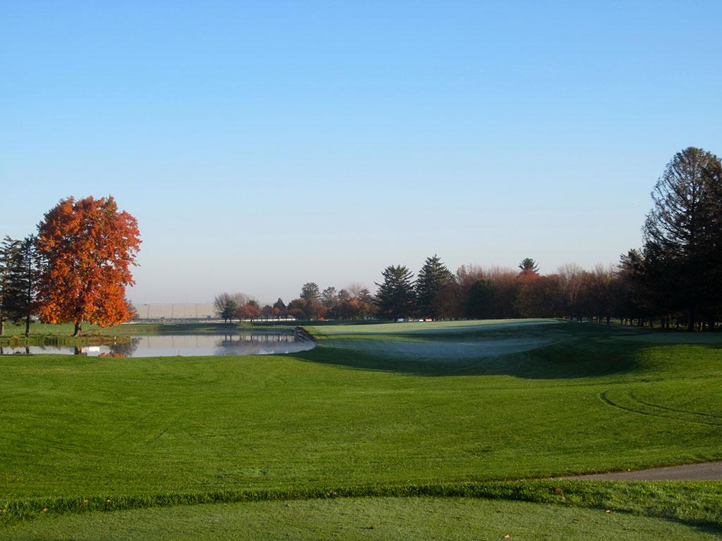 8th Hole at Brickyard Crossing Golf Course (464 Yard Par 4)