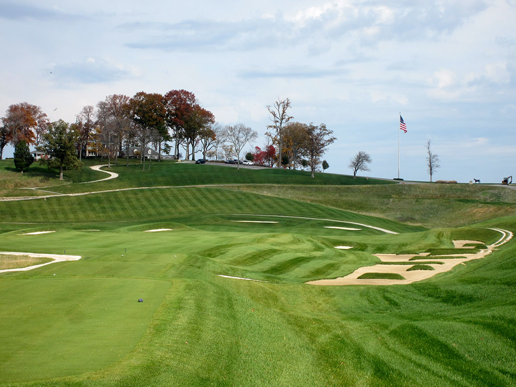 18th Hole at French Lick Resort (Dye) (657/626 Yard Par 5)