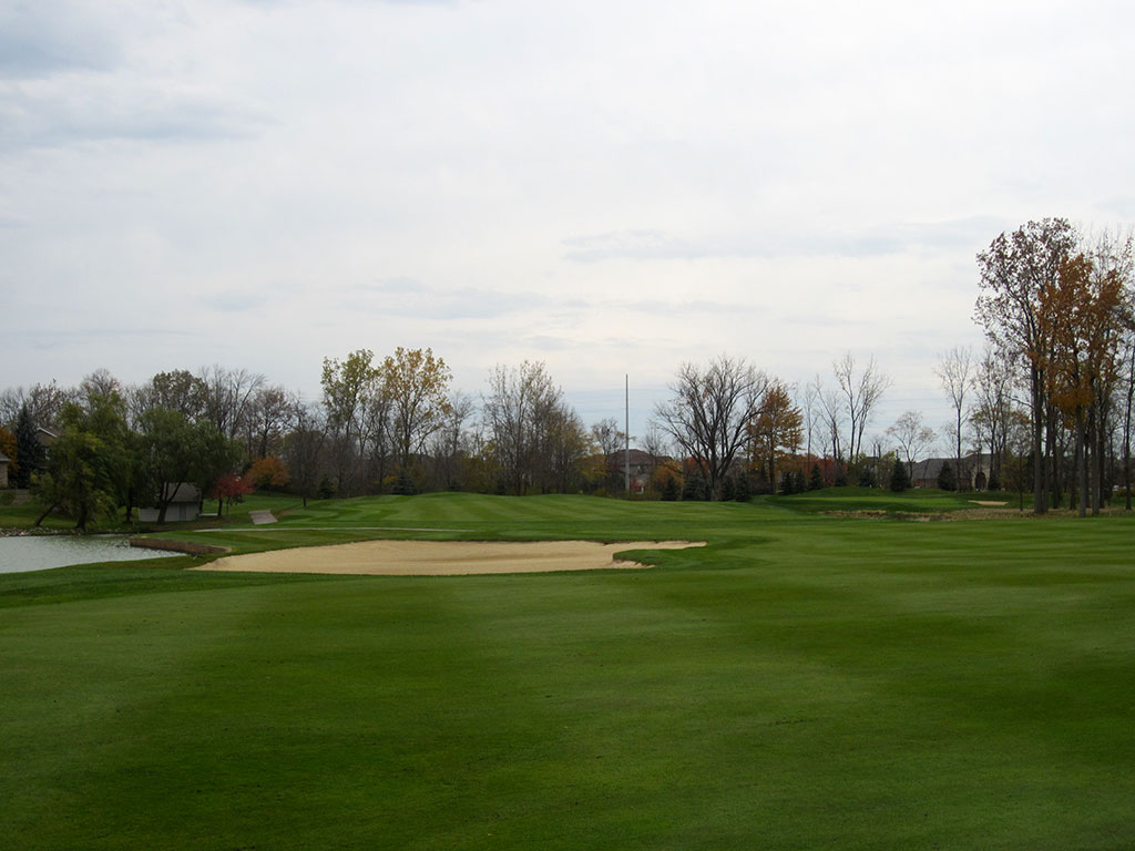 12th Hole at Sycamore Hills (560 Yard Par 5)