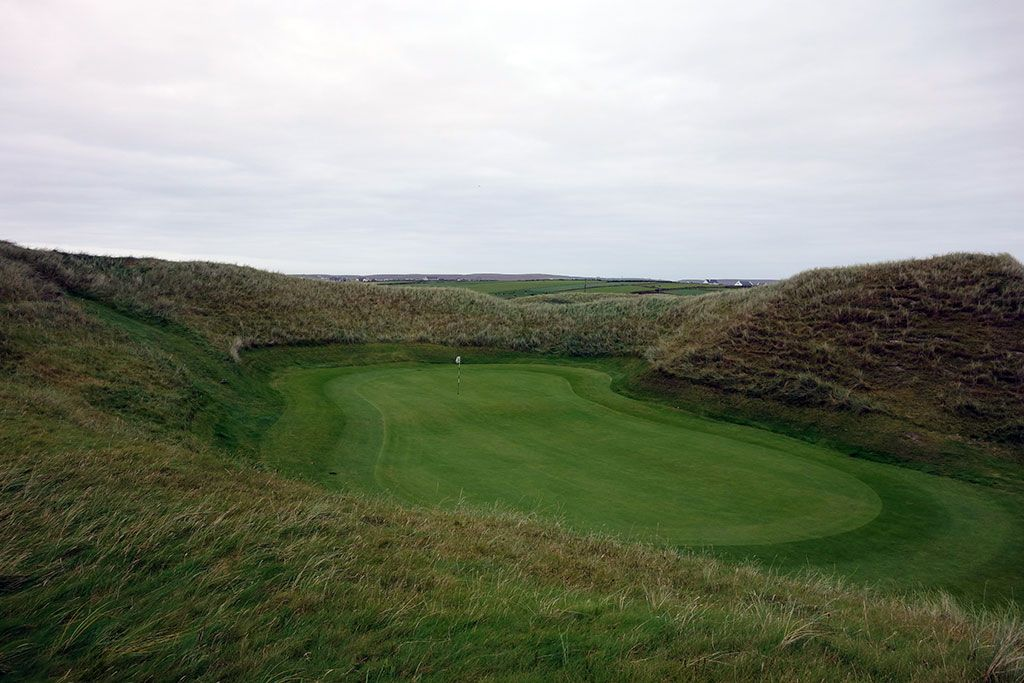 8th (Hackett) Hole at Carne Golf Links (Hackett 18 and Kilmore 9) (399 Yard Par 4)