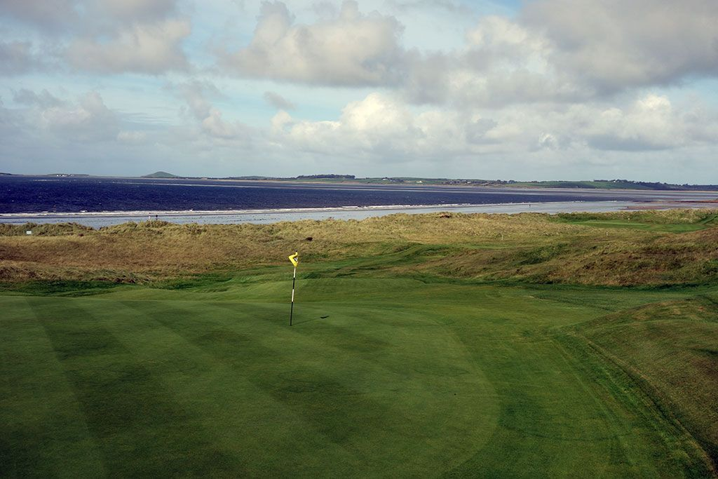 17th Hole at County Sligo Golf Club aka Rosses Point (500 Yard Par 4)