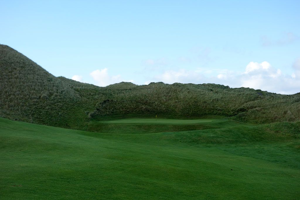 12th Hole at Enniscrone Golf Club (345 Yard Par 4)