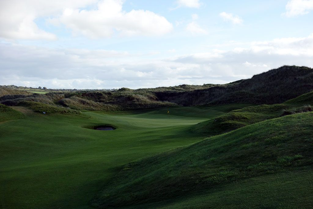 13th Hole at Enniscrone Golf Club (350 Yard Par 4)