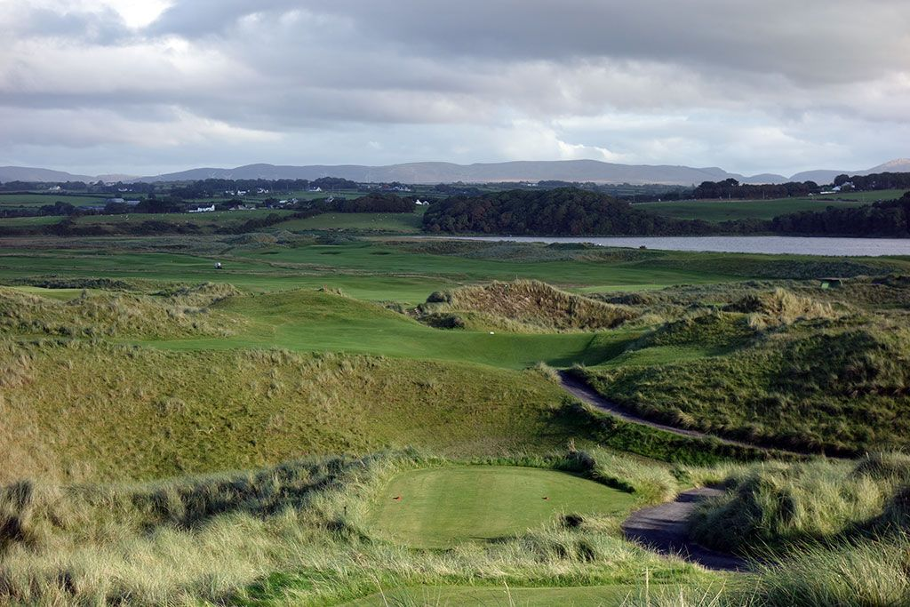 13th Hole at Enniscrone Golf Club (350 Yard Par 4)