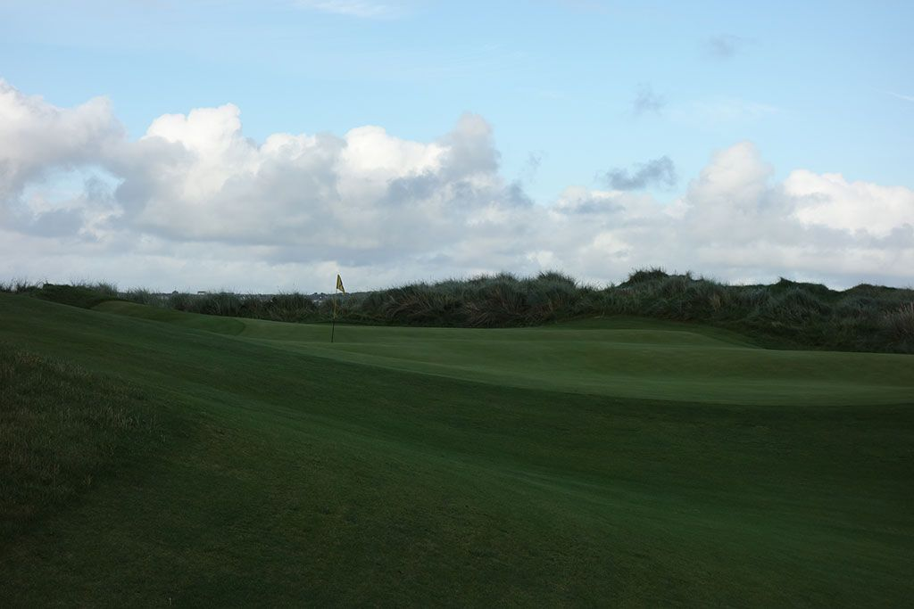 15th Hole at Enniscrone Golf Club (421 Yard Par 4)