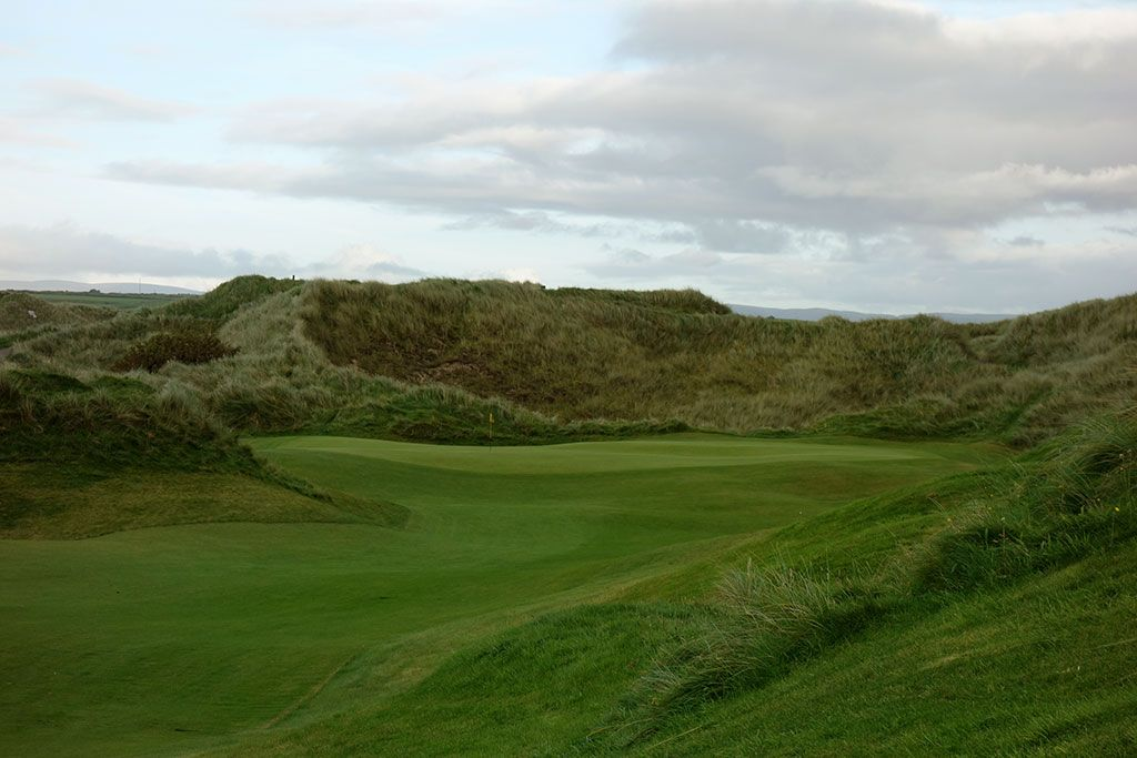 16th Hole at Enniscrone Golf Club (545 Yard Par 5)