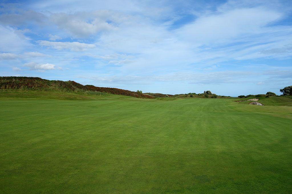 12th Hole at European Club (459 Yard Par 4)