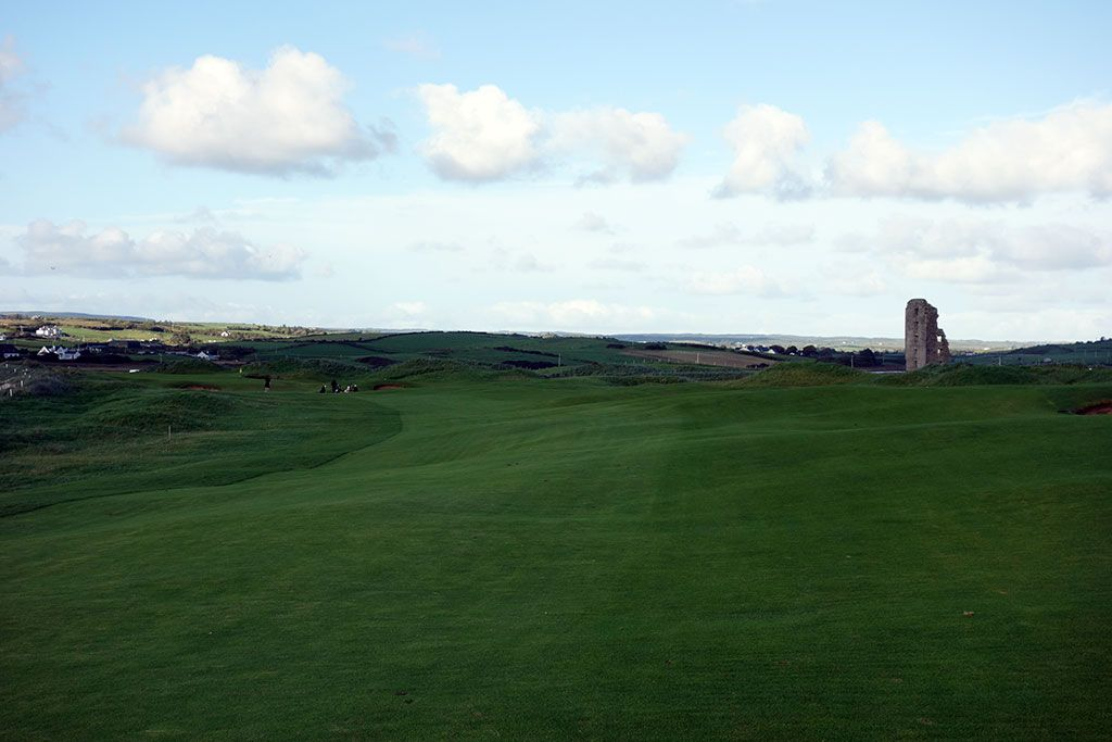 12th Hole at Lahinch Golf Club (577 Yard Par 5)