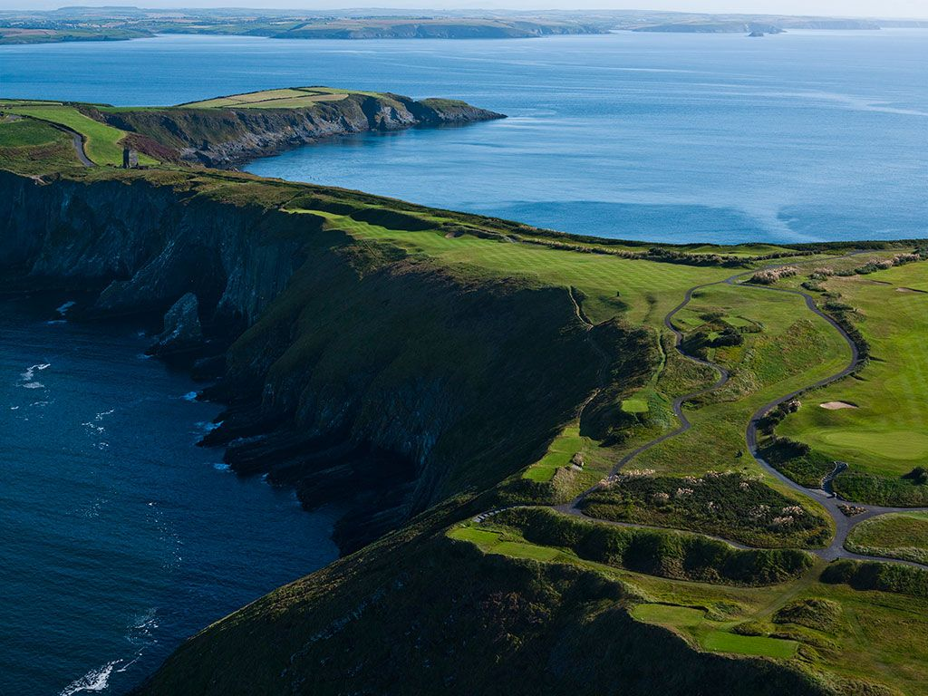 12th Hole at Old Head Golf Links (564 Yard Par 5)