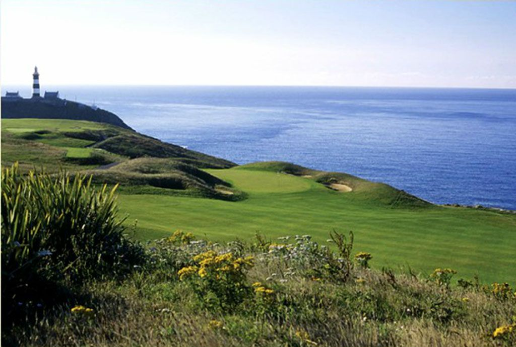 15th Hole at Old Head Golf Links (342 Yard Par 4)