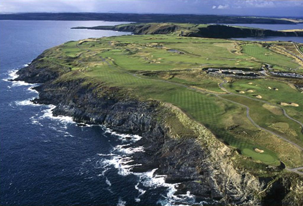 17th Hole at Old Head Golf Links (623 Yard Par 5)
