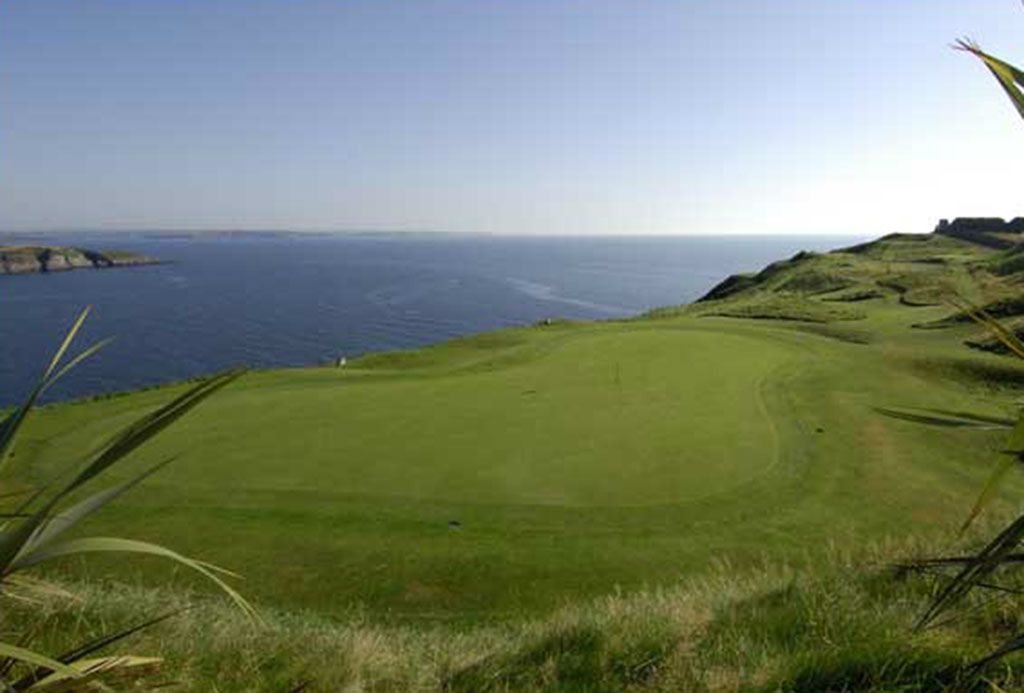 7th Hole at Old Head Golf Links (192 Yard Par 3)