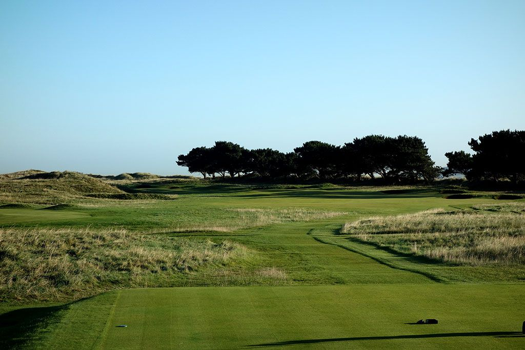 4th Hole at Portmarnock Golf Club (474 Yard Par 4)