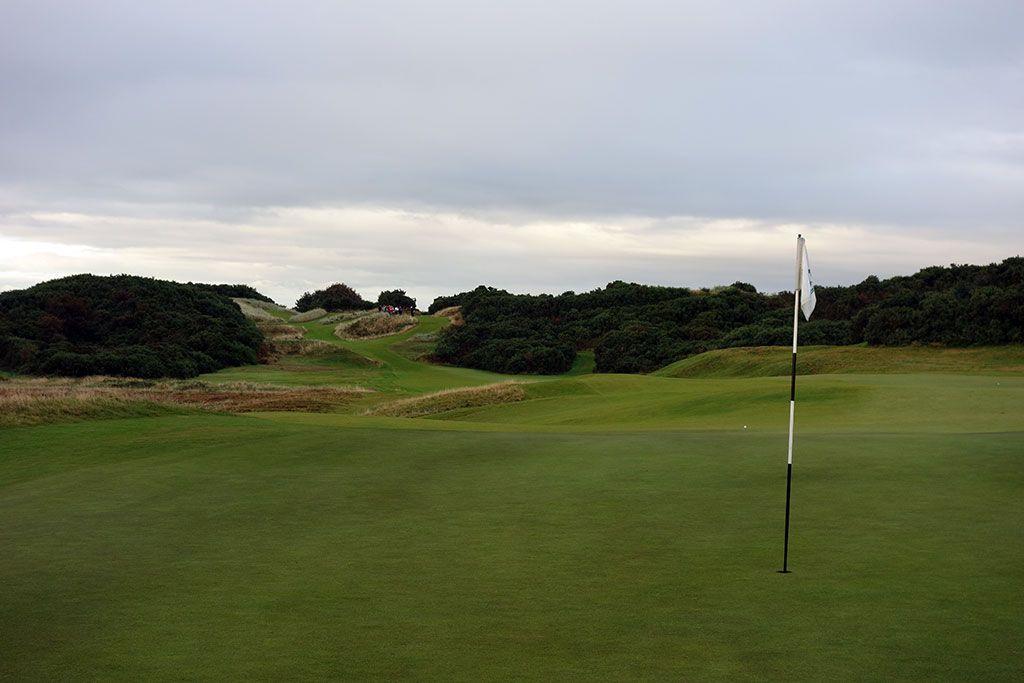 16th Hole at Royal County Down (Championship Links) (337 Yard Par 4)