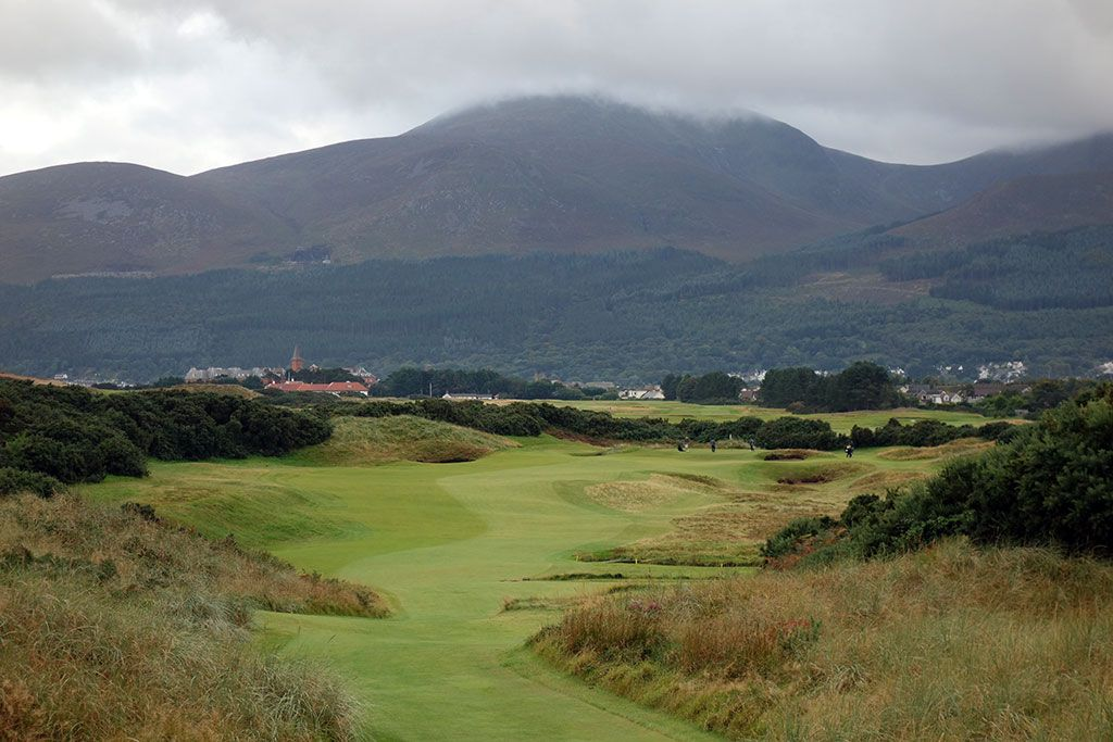 16th Hole at Royal County Down (Championship Links) (337 Yard Par 4)