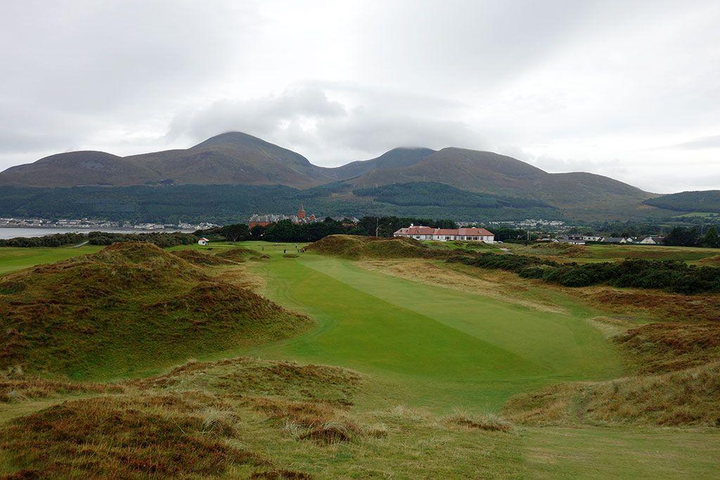 9th Hole at Royal County Down (483 Yard Par 4)