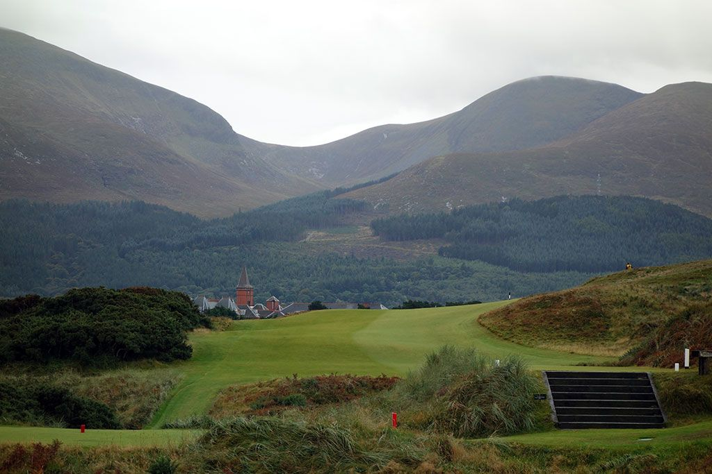 9th Hole at Royal County Down (Championship Links) (483 Yard Par 4)