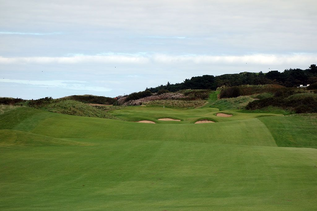 2nd Hole at Royal Portrush Golf Club (Dunluce) (572 Yard Par 5)