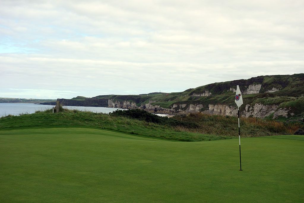 5th Hole at Royal Portrush Golf Club (Dunluce) (411 Yard Par 4)