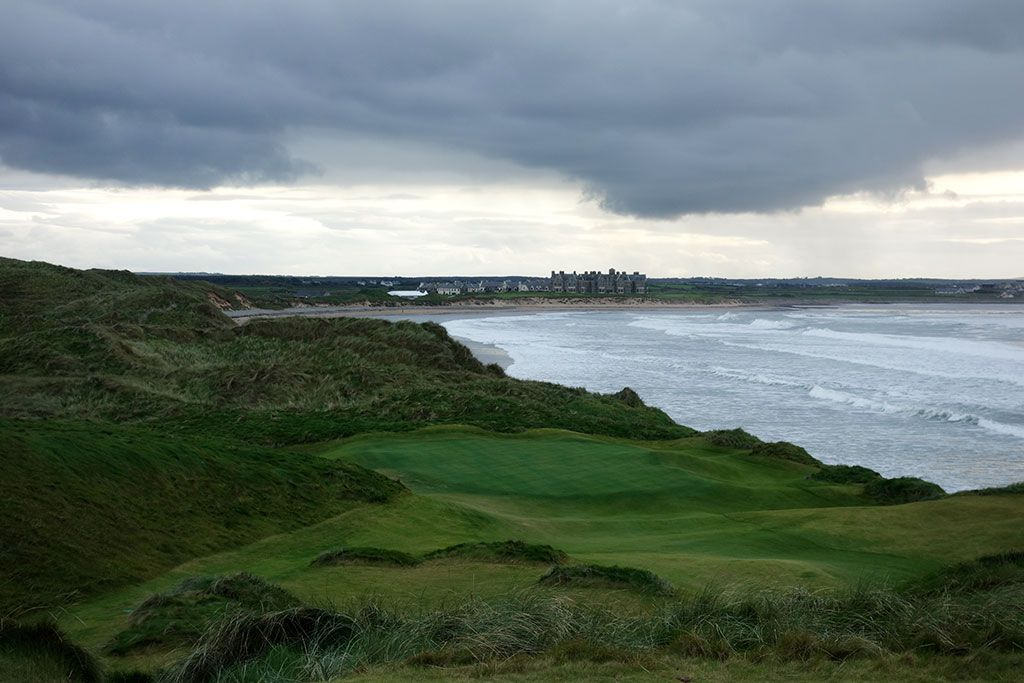 14th Hole at Trump International Golf Links Doonbeg (138 Yard Par 3)