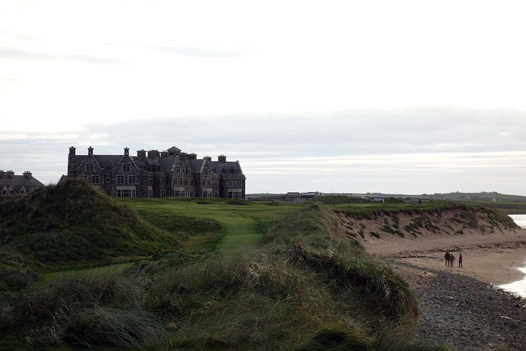 18th Hole at Trump International Golf Links Doonbeg (432 Yard Par 4)